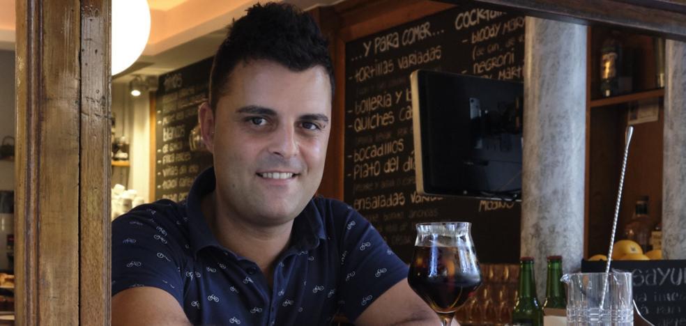 Enrique Cifuentes Torres: «Preparo vermú con Picon cerca de donde de niño vi 'Las tortugas Ninja'»