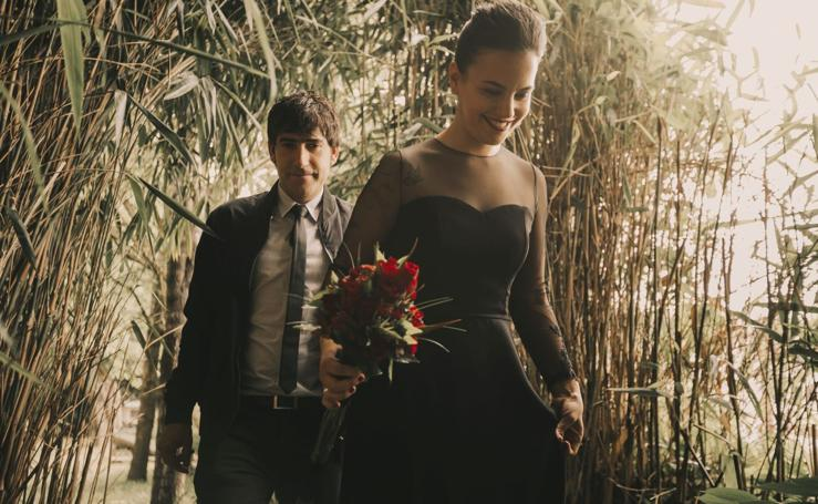 La novia de negro que cautiva en Gipuzkoa