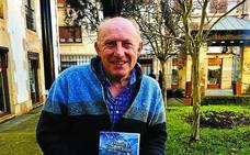 Uribarri preserva su memoria en un libro