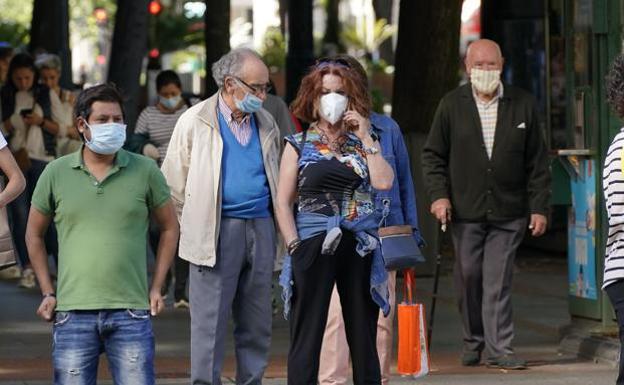 Dónde es obligatorio usar las mascarillas? ¿Me pueden multar si salgo a la  calle sin ellas? | El Diario Vasco