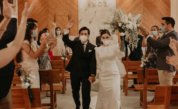 La primera boda con mascarilla