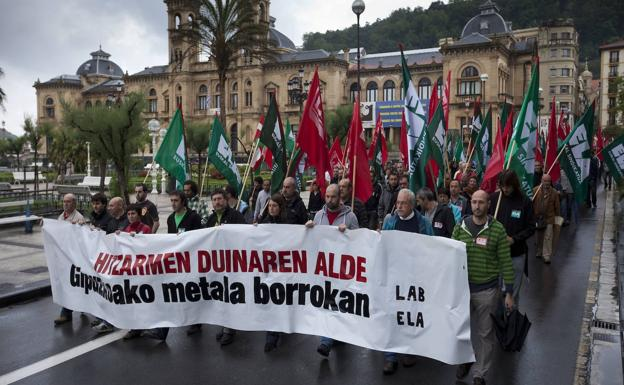 Demonstration of the Metal sector on the streets of Donostia in May 2010