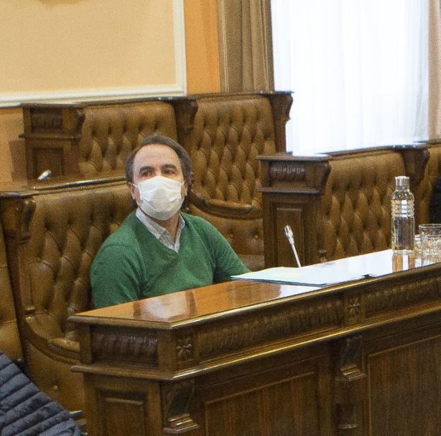 Iñigo Manrique, en el último pleno celebrado, el pasado viernes. / F. DE LA HERA