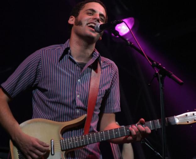 El músico madrileño Jairo Zavala, Depedro, durante un concierto./