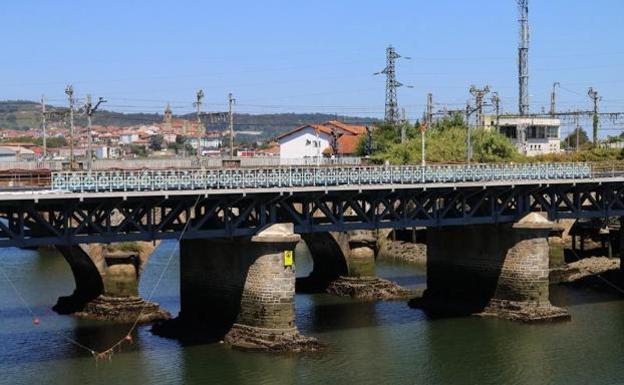 Adif adjudica por 1,08 millones la rehabilitación del puente ferroviario internacional del Bidasoa, construido en 1860