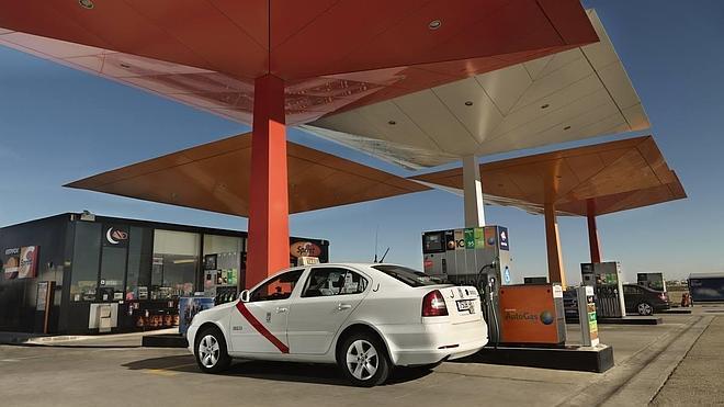Los precios de los carburantes, sin cambios importantes