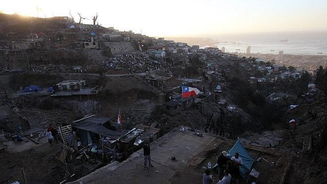 El fuego vuelve a amenazar Valparaíso