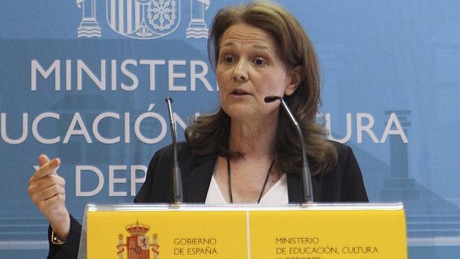 Educación dice ahora que los becados universitarios reciben 500 euros más