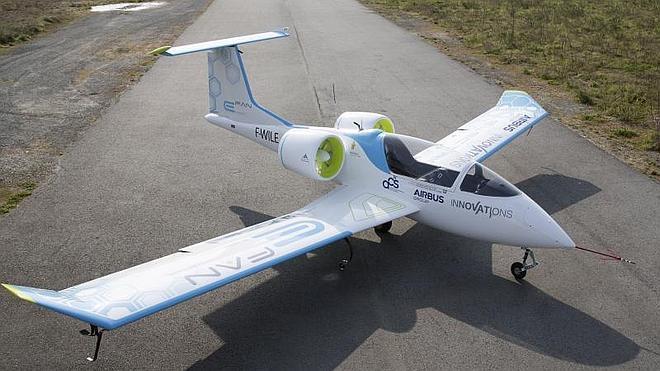 Despega E-Fan, el primer avión eléctrico de Airbus