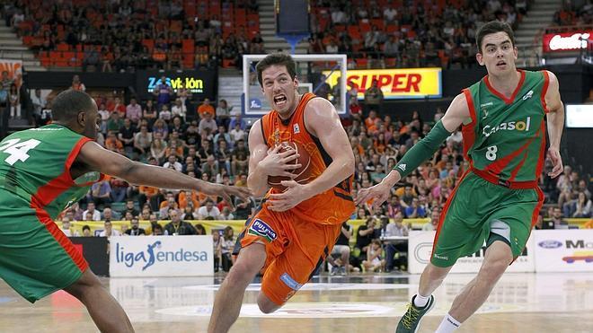 El Valencia Basket celebra la Eurocup a lo grande