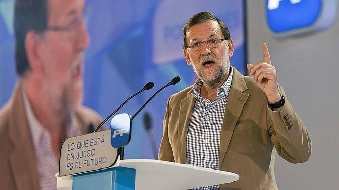 Rajoy sorprende al recomendar al PSOE que se regenere si quiere ganar