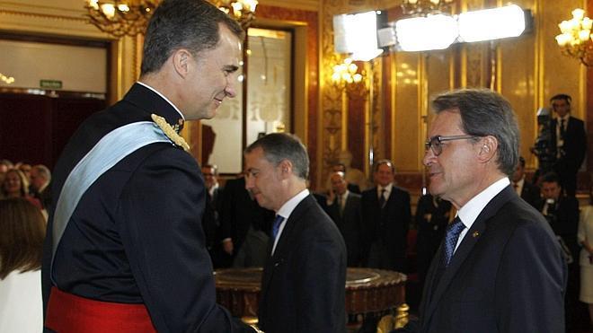 Los Reyes reciben en el Palacio Real