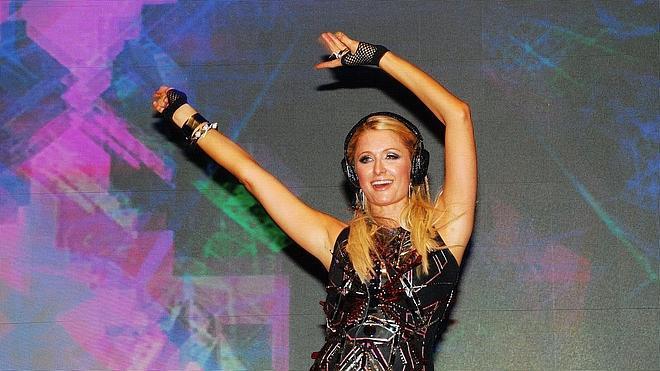 Paris Hilton regresa a Ibiza como disc-jockey en Amnesia