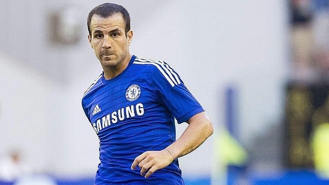 El Chelsea obliga a Cesc a bailar 'La Macarena'
