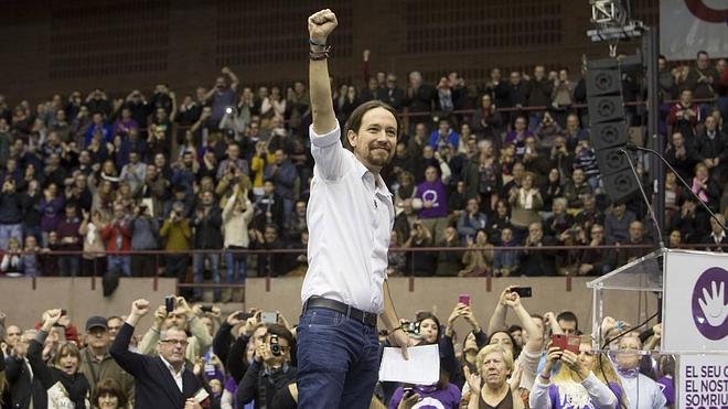 Pablo Iglesias: «No me veréis abrazado ni a Rajoy ni a Mas»