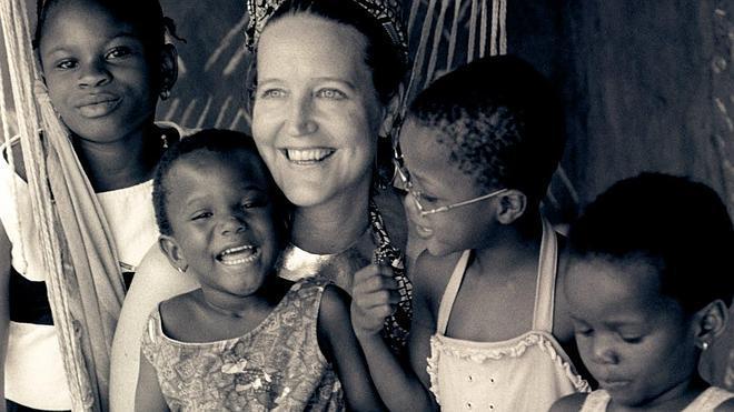 La editora de Vogue que lo dejó todo para ayudar a los niños de Ghana
