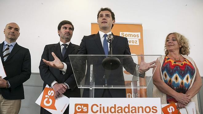 Rivera contesta a Iglesias: «Podemos es un partido nuevo con ideas viejas»