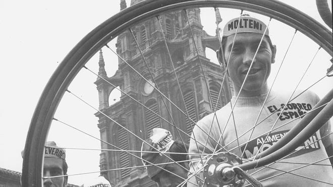 Eddy Merckx, el 'Caníbal', cumple 70 años