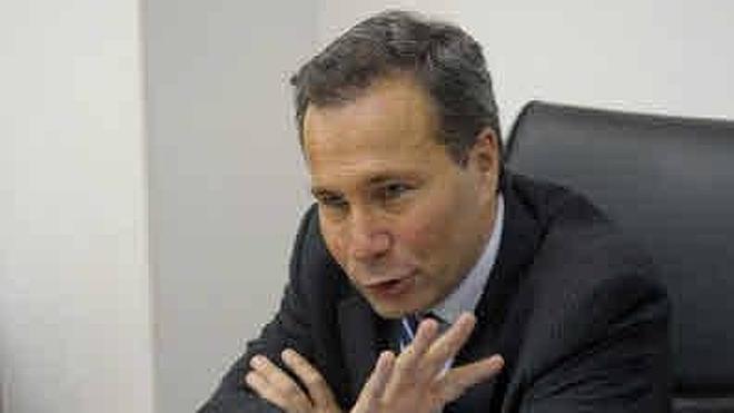 El perito de los Nisman dice que existen pruebas de que había alguien con el fiscal