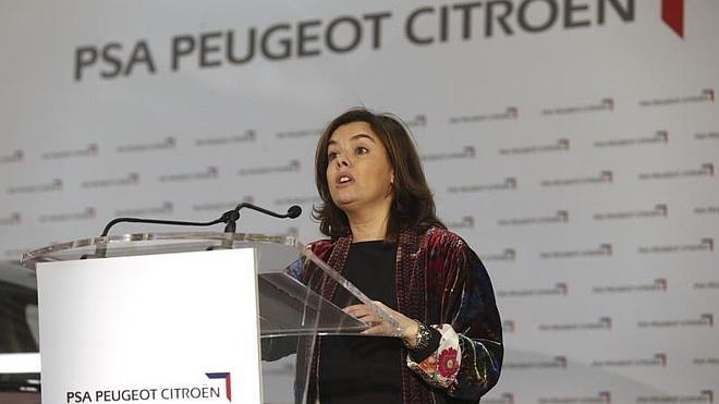 Rajoy delega en Santamaría el debate con Sánchez, Rivera e Iglesias en Antena 3
