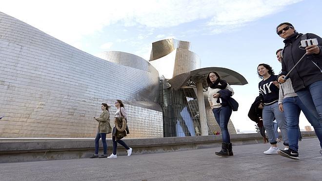 El Guggenheim logra cifras históricas y el Reina Sofía recupera visitantes