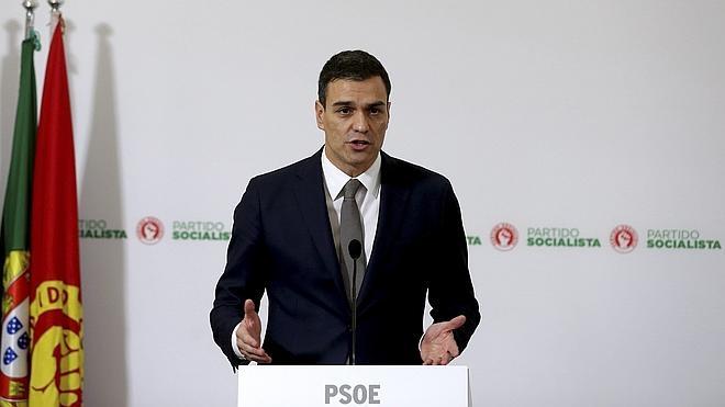 Sánchez anuncia que intentará un pacto de izquierdas para gobernar