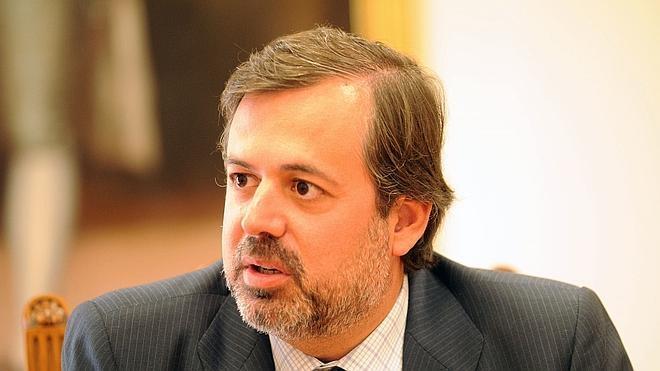 Dimite el subsecretario de Presidencia por el 'caso Acuamed'