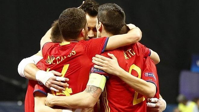 España gana a Kazajistán y jugará su octava final