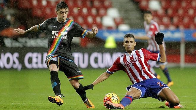 Sporting y Rayo empatan y no alivian la situación en la tabla