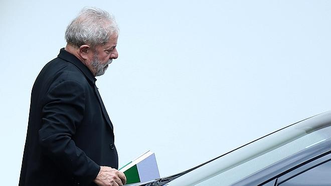 La Fiscalía brasileña acusa a Lula da Silva de ocultación de patrimonio y lavado de dinero