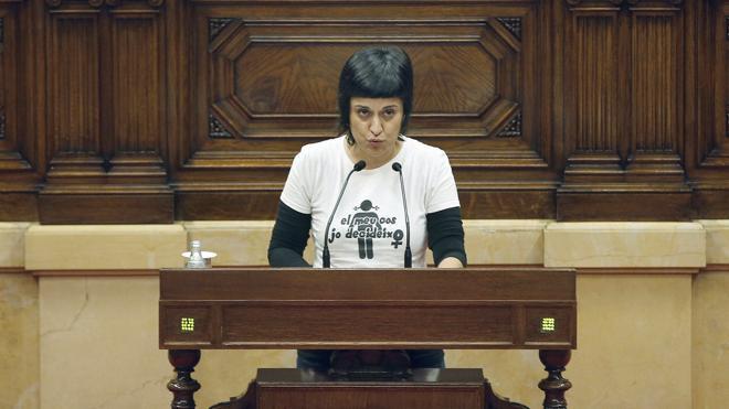 La CUP insta a Puigdemont a que convoque una cumbre para fijar la fecha de un referéndum unilateral