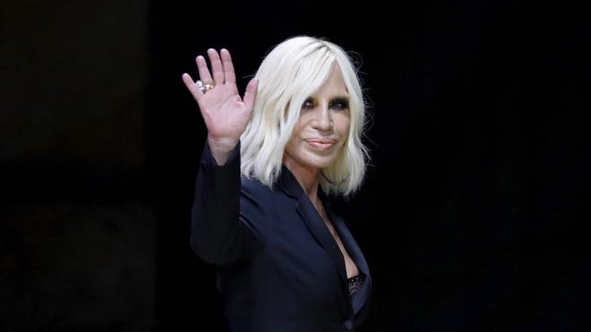 Objetos de Warhol y Jagger, a subasta en una gala contra el sida en París