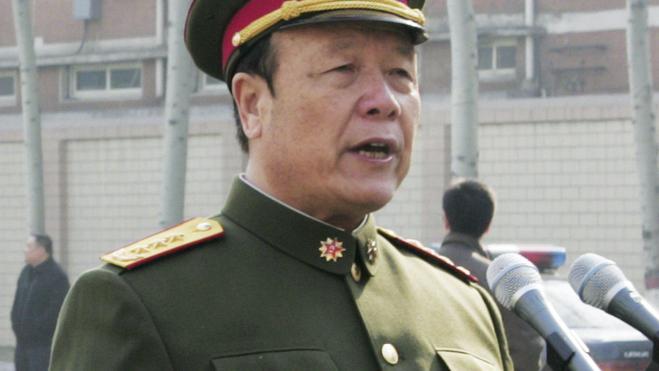 Condenado a cadena perpetua por corrupción un exalto cargo del Ejército chino
