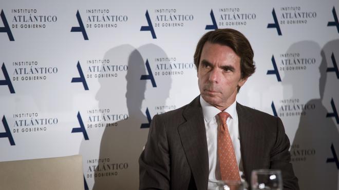 Aznar pide paciencia: «Lleva algún tiempo poner a cada uno en su sitio»