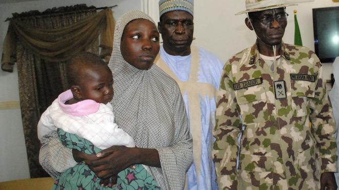 Localizada otra de las niñas de Chibok con un bebé de diez meses
