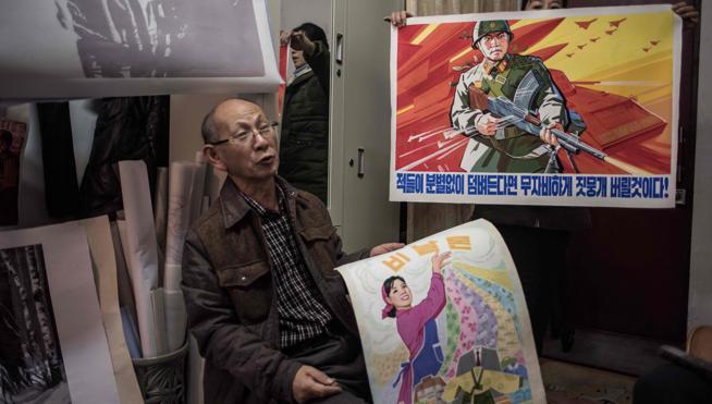 Obras a medida en los talleres de artistas de Pyongyang
