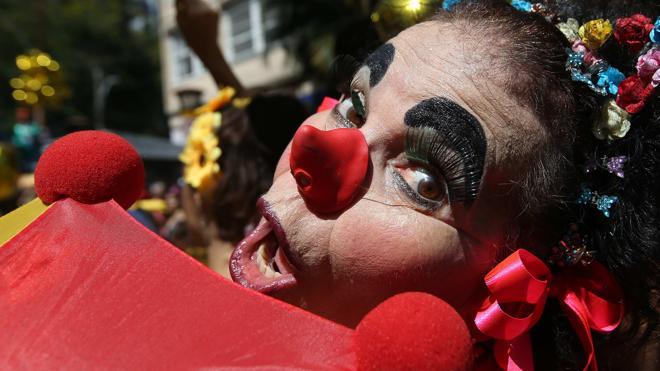 El Carnaval de Rio vuelve a ponerse la ropa