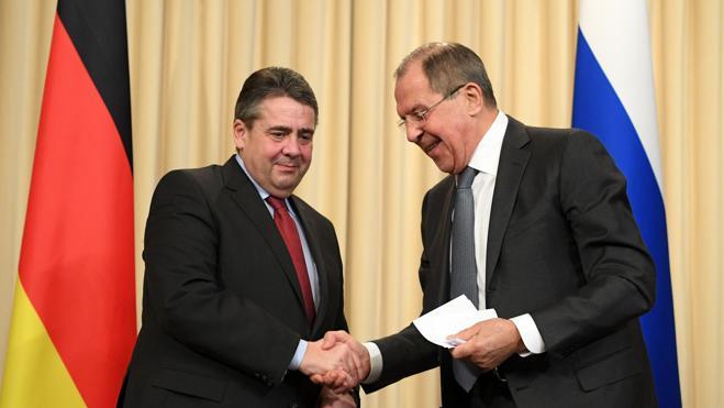 Alemania, preocupada por el riesgo de una nueva carrera armamentística de Rusia y EE UU