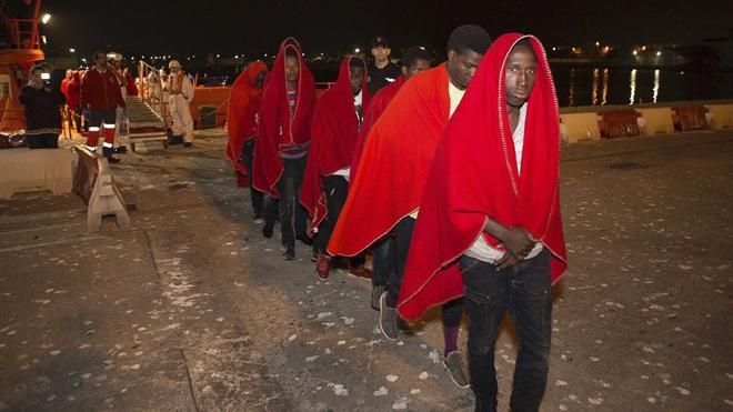 Siete de los 58 inmigrantes llegados a Motril dicen ser menores a la espera de confirmación