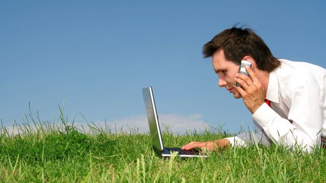 El Gobierno dará 450 euros a cada nuevo usuario de internet en las zonas sin cobertura