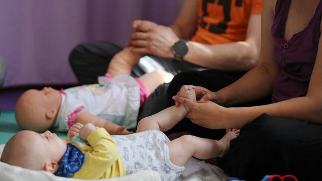 Los bebés también quieren masajes