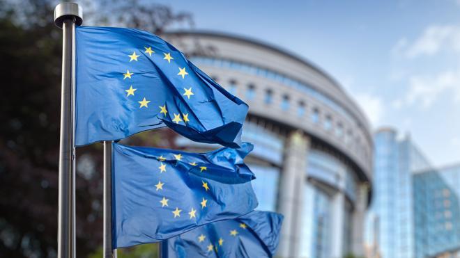 La UE aprueba normas para evitar la evasión fiscal de multinacionales en terceros países