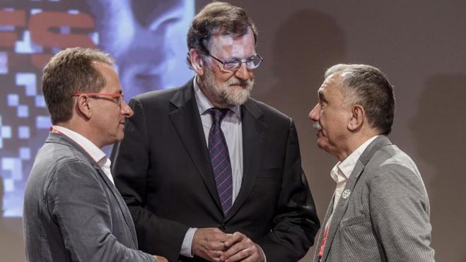 Rajoy ofrece a UGT llegar a acuerdos pero defiende mantener sus políticas