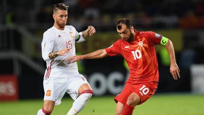 Piqué y Ramos estarán ante Italia