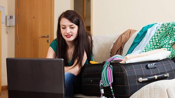 700ad4918336 Las mujeres son las que más compran por internet | El Diario Vasco