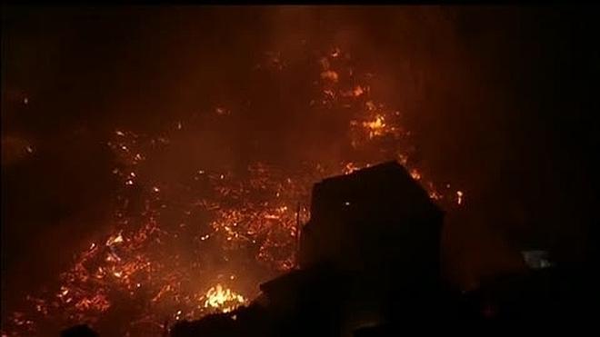El espectacular incendio en una de las mayores favelas de Sao Paulo
