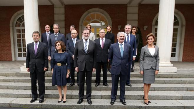 Rajoy ordena al nuevo Gobierno que pacte «mucho» con la oposición