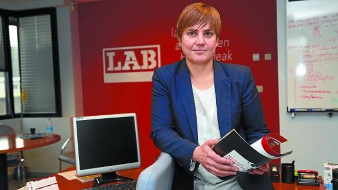 Ainhoa Etxaide, Secretaria general de LAB: «La confluencia tiene poco recorrido si no es real en los centros de trabajo»